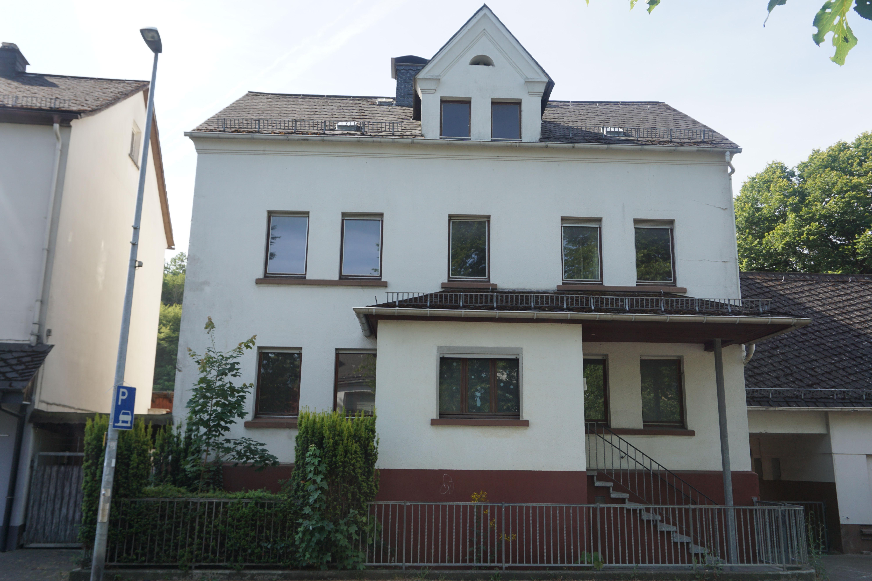 Schönes Haus mit 16 Zimmern in Dillenburg-Oberscheld